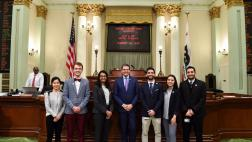 Assemblymember Wood welcomes dental students from UCSF and UOP to the Assembly Floor